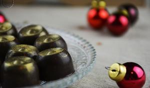 Bonbons au chocolat fourrés à la framboise