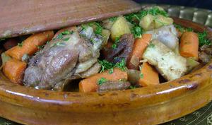 Tajine de cuisses de canard aux fruits secs
