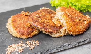 Steak végétarien de sarrasin grillé