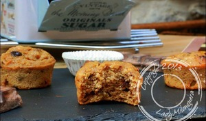 Muffins aux noisettes, poire et pépites de chocolat, sans beurre