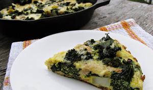 Frittata au kale, poulet et pommes de terre