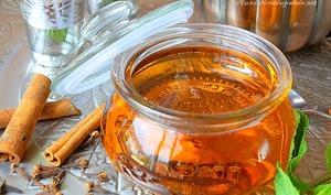 Sirop de miel maison pour pâtisserie orientale