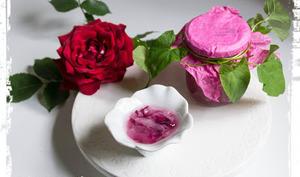 Confit de roses du jardin