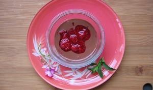 Crème d'amandes au chocolat et aux framboises