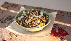 Salade de haricots verts à la fêta et aux noix