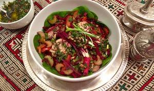 Salade tiède de poulet à la cardamome et aux deux rhubarbes