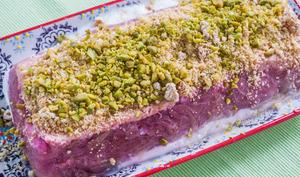 Fondant à la rhubarbe, pistaches et yaourts