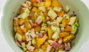 Salade de dinde, poitrine, concombre et tomates