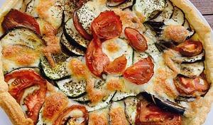 Tarte express aubergine courgette mozza