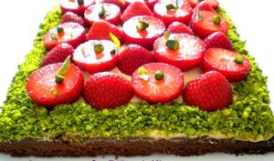 Sablé breton, fraises et caramel au beurre salé de Christophe Adam