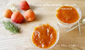 Panna cotta amande, compotée d'abricots au romarin