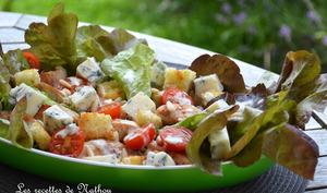 Salade feuilles de chêne rouge au poulet et gorgonzola