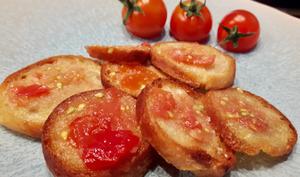 Pan con tomate à la mode Les Gourmands Disent.