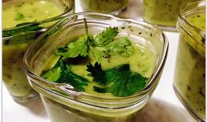 Soupe glacée à la courgette et au kiri