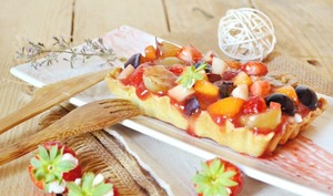 Tartelettes multi fruits frais, brousse et coulis de fruits rouges