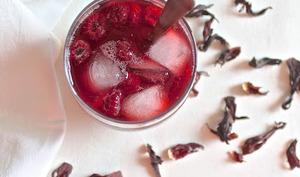 Thé glacé Earl Grey à l'hibiscus, fleur d'oranger et framboises