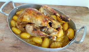 Pintade aux pommes de terre grenaille, 4 épices et sauce aux pommes Granny Smith