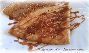 Crêpes au caramel beurre salé, graines de sésame