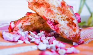Briochettes aux pralines roses