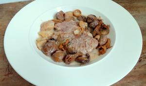 Tournedos de filet mignon de porc aux cèpes, girolles, marrons et baies de Sichuan