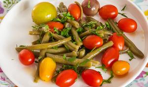 Salade de haricots verts aux tomates cerises