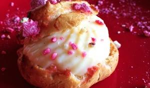Chouquettes à la crème aux pralines roses
