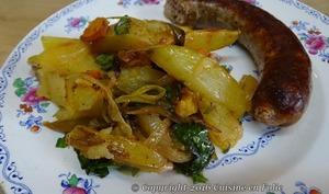 Saucisses de Toulouse aux pommes de terre, carottes et poivrons rôtis au pistou niçois