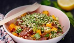 Tartare de thon, mangue, avocat et graines germées