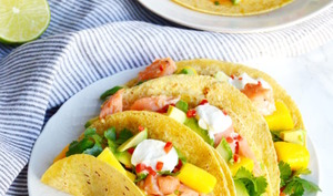 Tacos Thai au saumon et salsa mangue-avocat