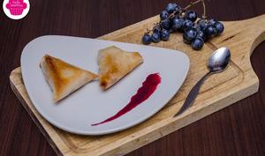 croustillants de pommes caramélisées avec réduction de jus de raisins
