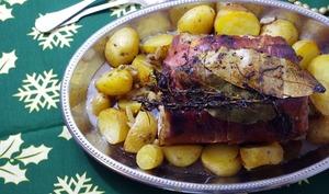 Rôti farci aux cèpes marrons et pommes, sauce gourmet aux cèpes