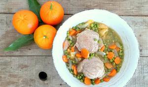 Filet mignon de porc aux clémentines, petits pois et carottes