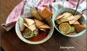 Sopa de lima mexicaine