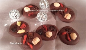 Mendiants au chocolat et fruits secs