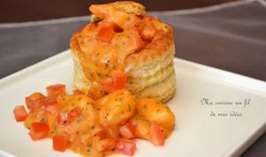 Vol-au-vent de crevettes, béchamel à la tomate et estragon