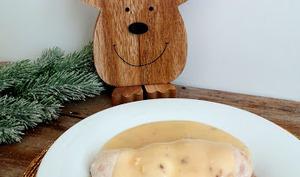 Escalopes de poulet farcies aux épices du trappeur et sauce au vin blanc et sirop d'érable