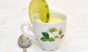 Panna cotta au citron vert et parfum de menthe de Gordon Ramsay