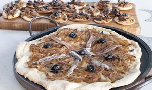 Bouchées de pissaladière niçoise