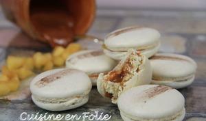 Macarons pomme-caramel au beurre salé