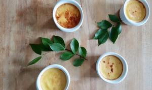 Crème aux oeufs aux fleurs de jasmin