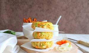 Galettes végétales aux légumes d'hiver et sauce au yaourt