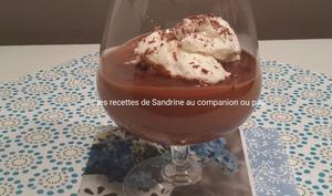 Iles flottantes au chocolat et ses oeufs à la neige noix de coco