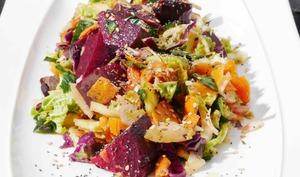 Ma salade « jamais malade », un délice aux 10 légumes et fruits !