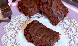 Brownie à la betterave et noisettes