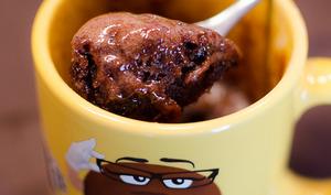 Mug cake aux caramels