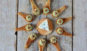 Toasts à la Fourme d'Ambert et à l'ananas