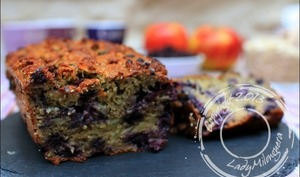 Cake healthy aux pommes, avoine et myrtilles