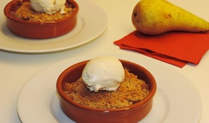 Crumble poire et liqueur Williams