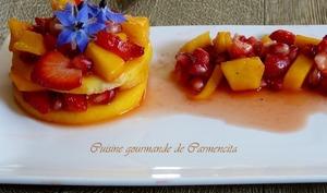 Raviole de mangue tartare de fraises et grenade