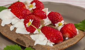Gaufres au sarrasin et fraises